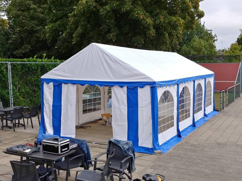 Alles in de tent… (of 50%)